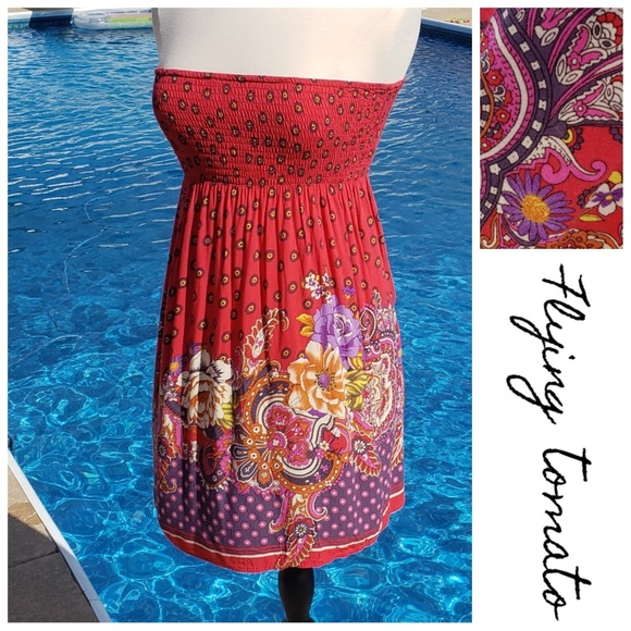 Flying Tomato Dresses & Skirts - Flying tomato red paisley strapless sundress small